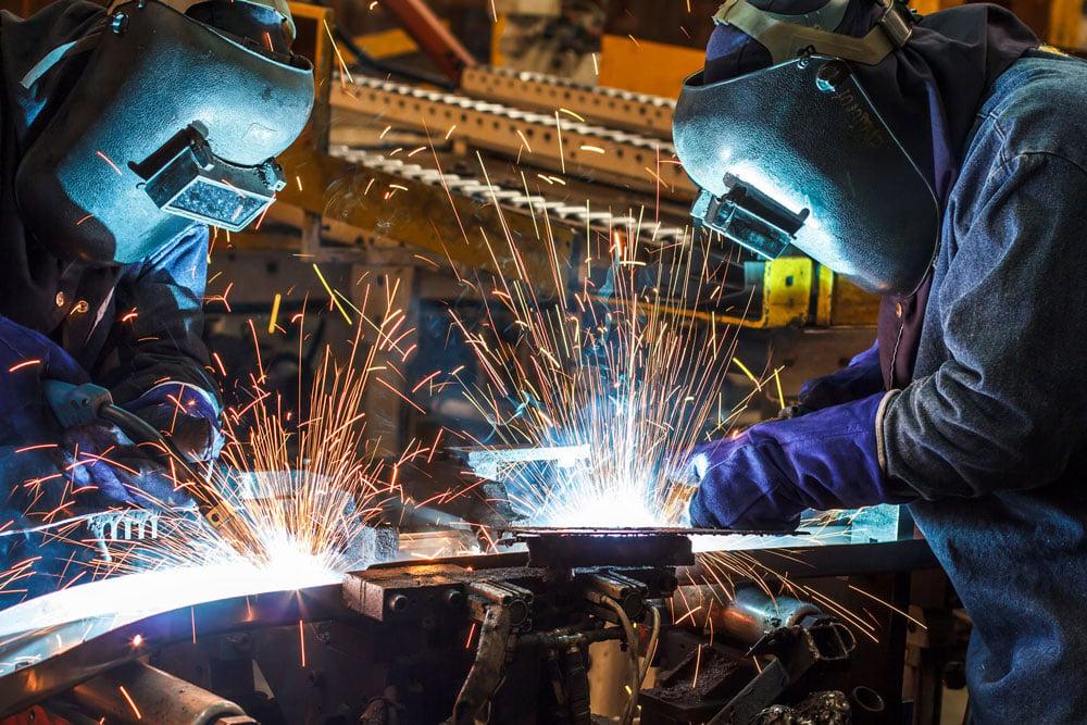 manufacturing0steel-fabrication-shutterstock_216155344